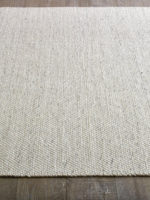 Hunter textrued flatweave rug made from pure wool in ivory