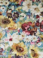 Romance floral rug in beautiful Multi colours