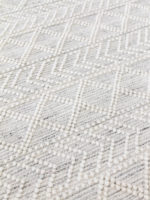 Zigo moroccan inspired flatweave rug in pure wool close up image
